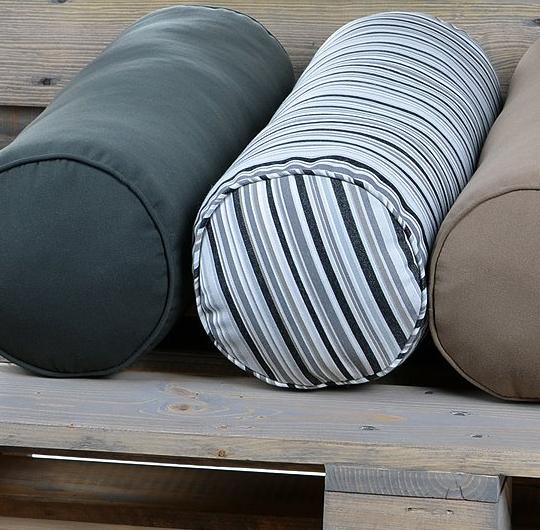 nackenrolle f r den in outdoorbereich alye sunline. Black Bedroom Furniture Sets. Home Design Ideas